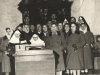 Chór parafialny w Krzeszowie - 1958r.