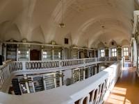 Krzeszowska biblioteka klasztorna