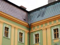 Remont dachu klasztoru